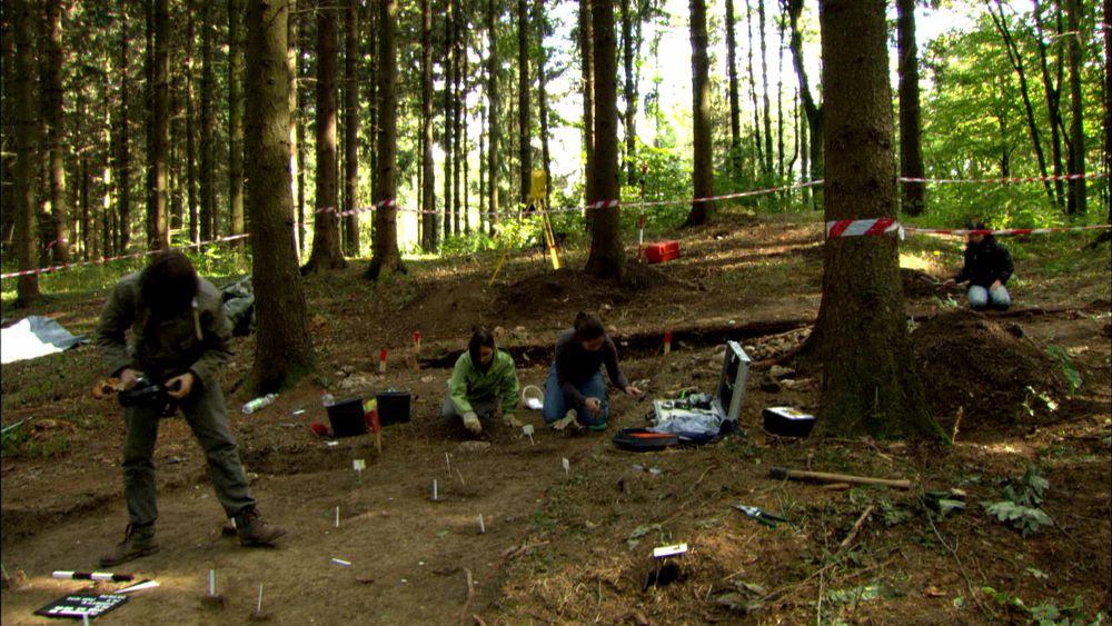 Die Schlacht am Harzhorn - Archäologischer Schnitt (c) LOOKSfilm