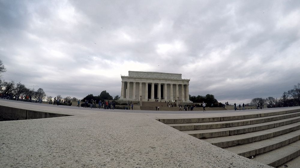 The Cuba Libre Story - Lincoln Memorial (c) LOOKSfilm
