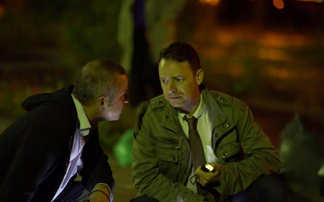 Off Duty Tom Bailey als Detective Cumberland, & Peter Seaton-Clark als Detective Adams (c) Florian Dedio & BBHP