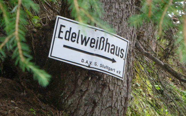 Edelweiss - Edelweisshaus - (c) LOOKSfilm